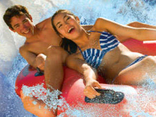 Raging Waters San Dimas © Raging Waters San Dimas